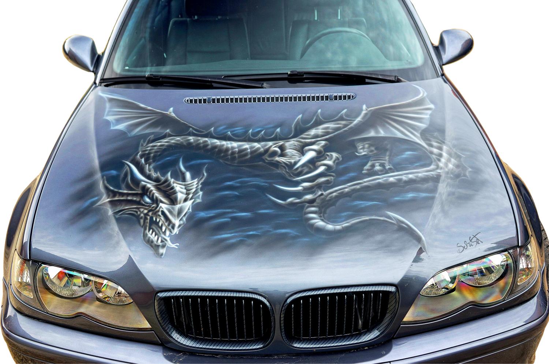 Airbrush auf BMW Haube mit Drachenmotiv und Komplettlackierung